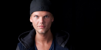 Avicii  mit mehreren Songs  in den Download Charts